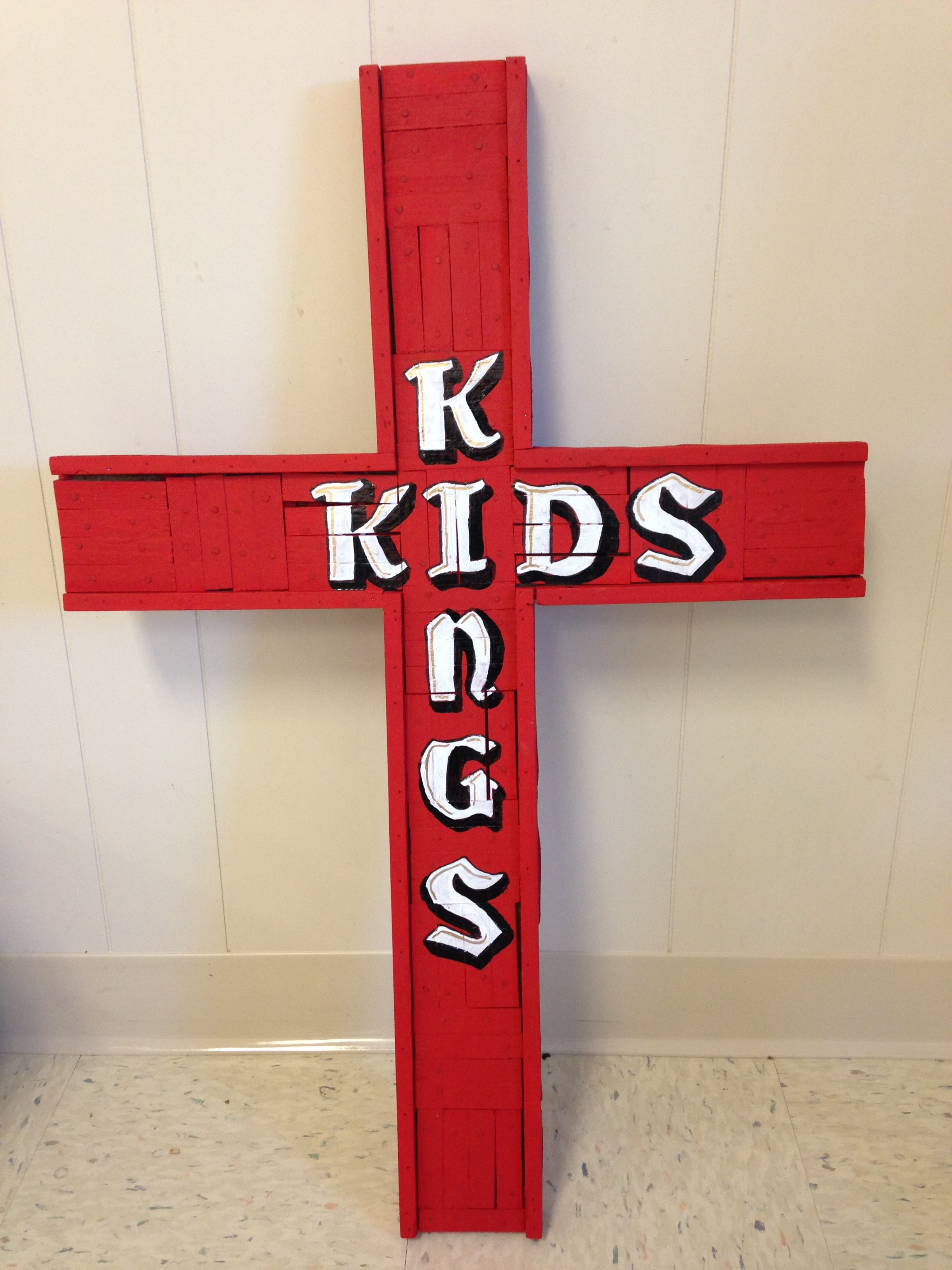 kings_kids_cross